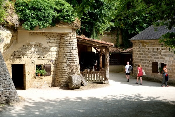villages troglodytes