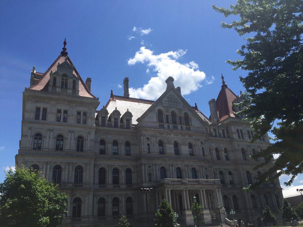 New York Statehouse_426994