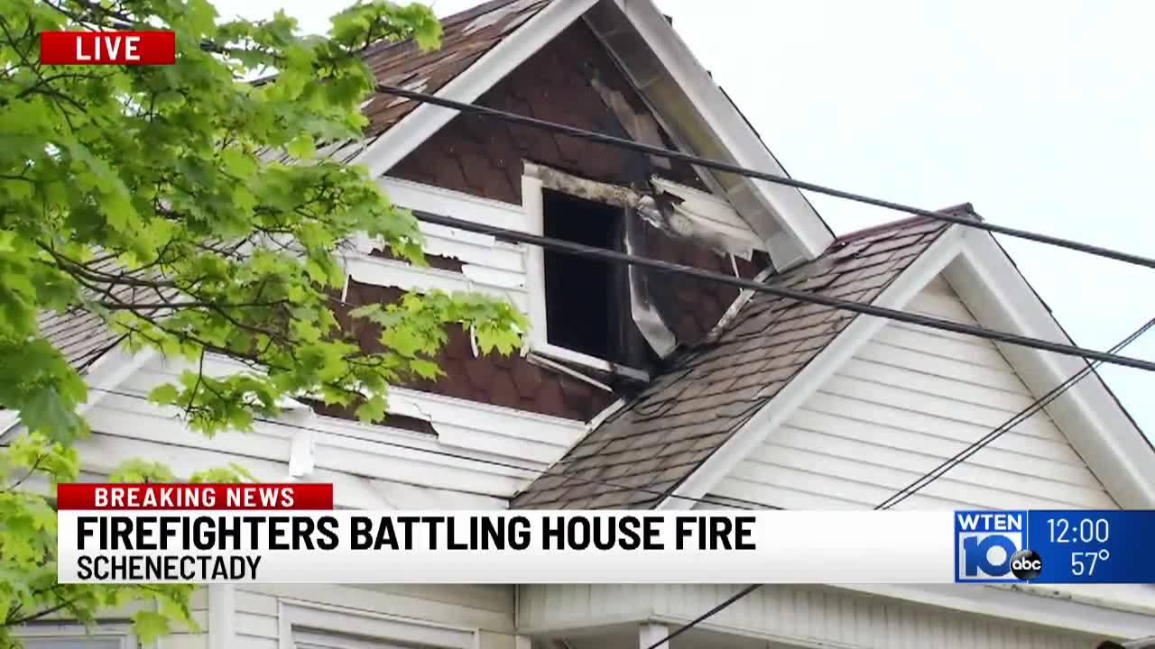 Crews_battling_house_fire_on_Webster_Ave_8_20190517162155
