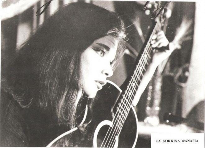 Η Τζένη Καρέζη (Κόκκινα Φανάρια, 1963)