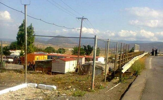 Θήβα: Σοβαρά επεισόδια ως αντίποινα για αστυνομική επιχείρηση σε καταυλισμό Ρομά