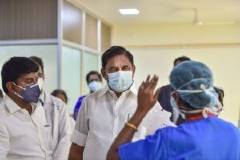 edappadi palanisamy has been admitted in hospital