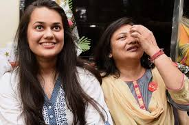Delhi's Tina Dabi tops UPSC Exam 2015 in her first attempt