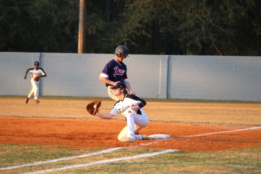 Falcons drop second straight game against Lugoff-Elgin Demons
