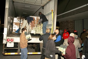 Annual turkey giveaway packs the predawn Square