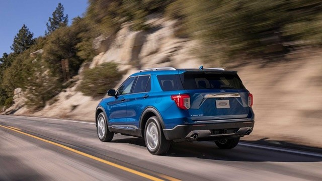 Ford-explorer-2020-tsiro-640