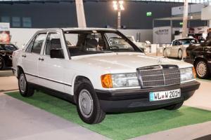 Mercedes_190-6689480750