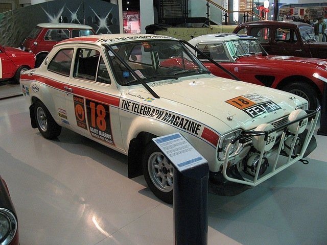 Cyprus Rally 1970-Mikkola Ford_Escort_07