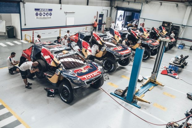 team-peugeot-total-rally-dakar-2016 (1)