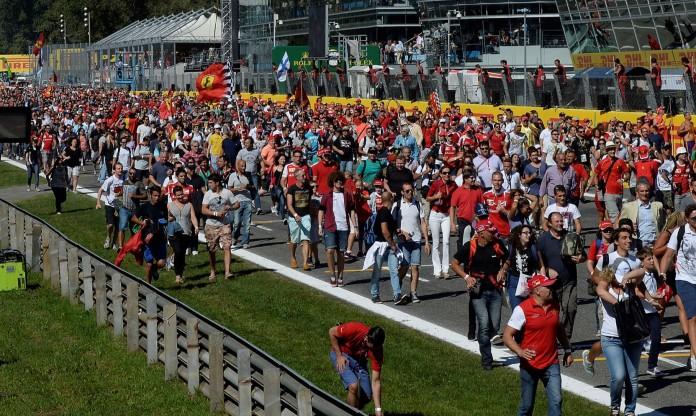 F1-Fans-696x416