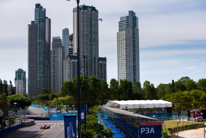 2015/2016 FIA Formula E Championship. Buenos Aires ePrix, Buenos Aires, Argentina. Friday 5 February 2016. Jean-Eric Vergne (FRA), DS Virgin Racing DSV-01. Photo: Zak Mauger/LAT/Formula E ref: Digital Image _L0U0178