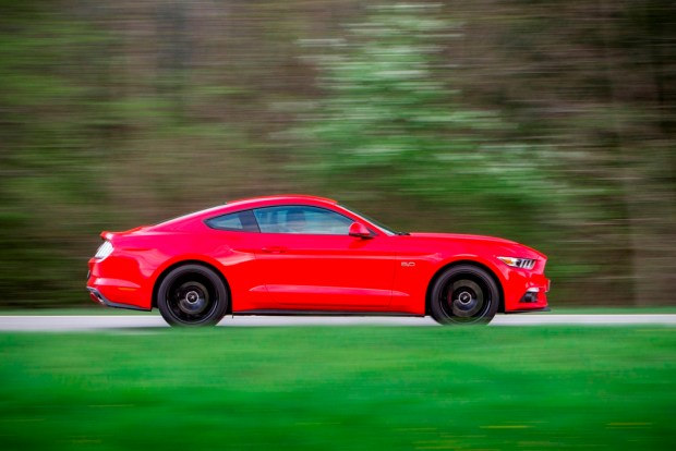 FORD MUSTANG -2