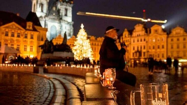 Beer mugs in Prague to protest restrictions 1280x720