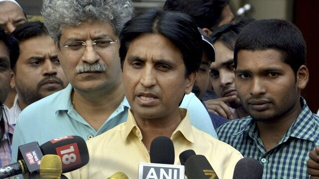 """MR.Vishwas was attacked by Mr.Khan for beeing an agent for """"RSS-BJP"""" and planning a revolution in the party"""