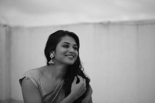 Indhuja (Meyaadha Maan) Wiki, Biography, Upcoming Movies, Personal Life
