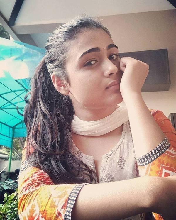 Cute Shalini Pandey   Shalini Pandey Wiki