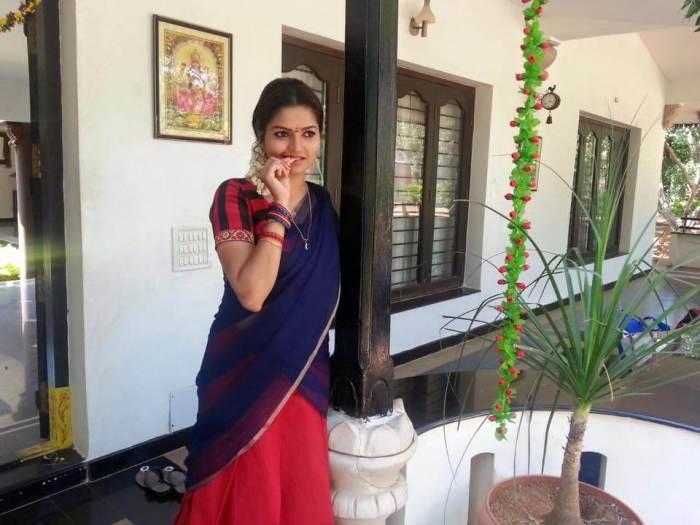 Nithya Ram Images