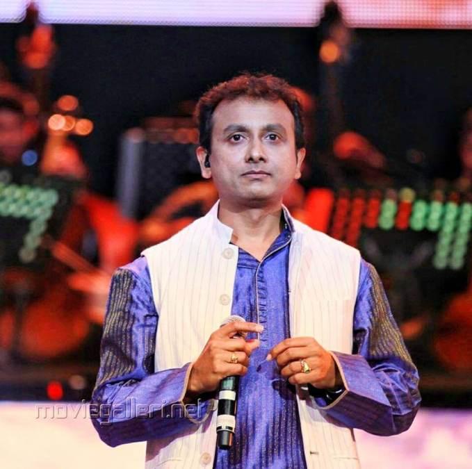 Singer Unnikrishnan Images