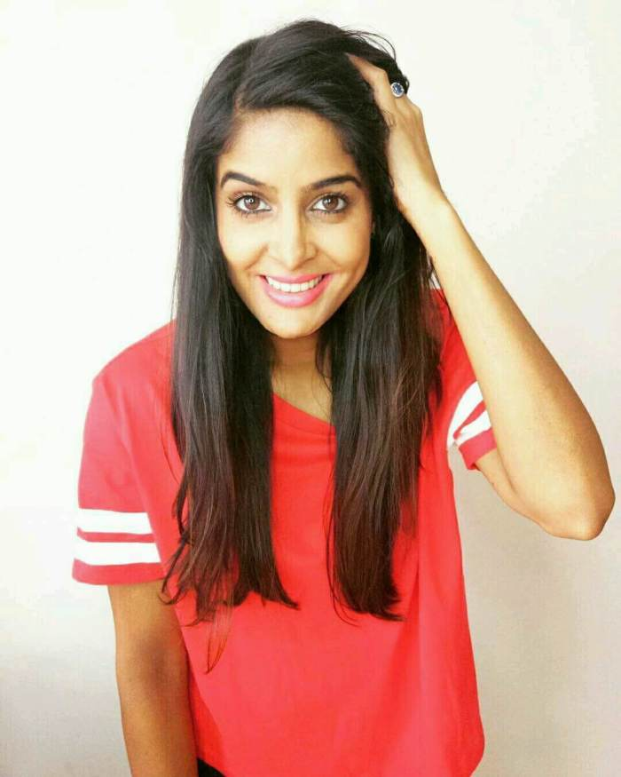 Anisha Dixit Wiki