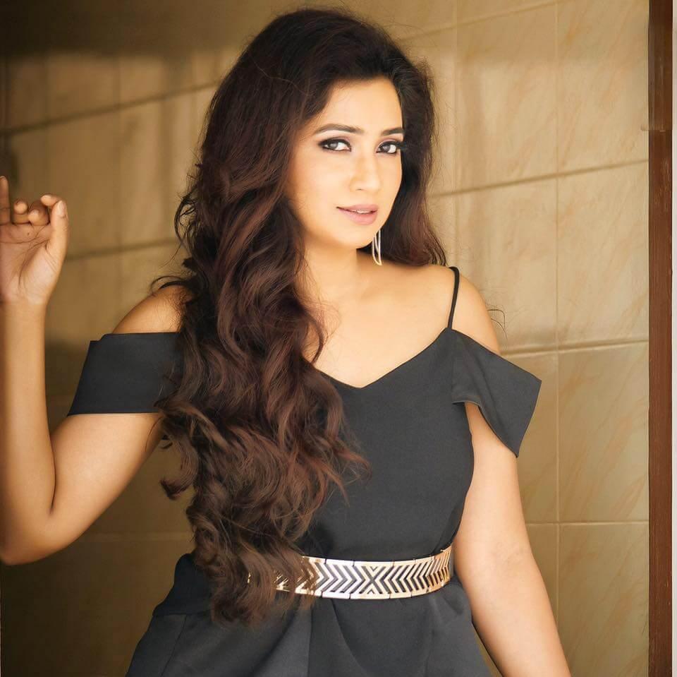 Shreya ghoshal dating rahul vaidya video