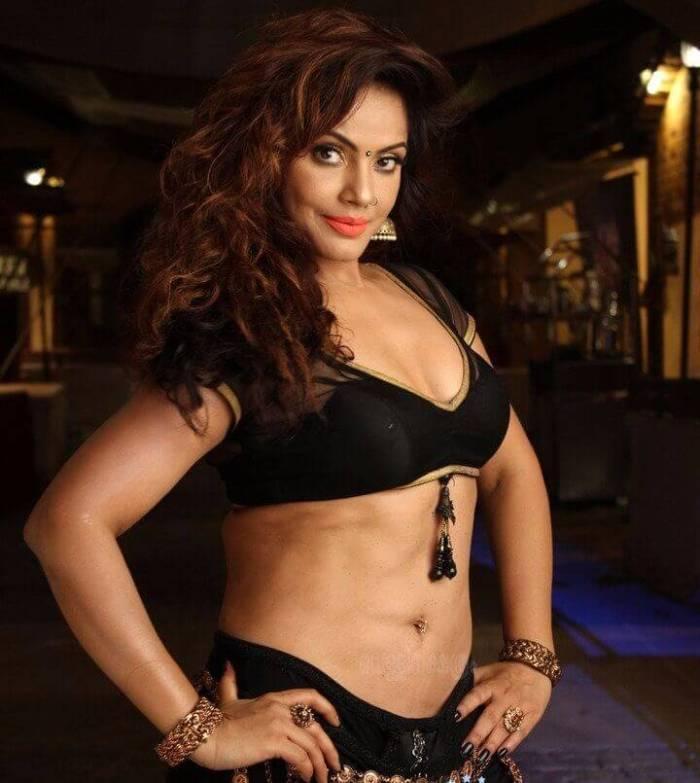 Neetu Chandra Wiki