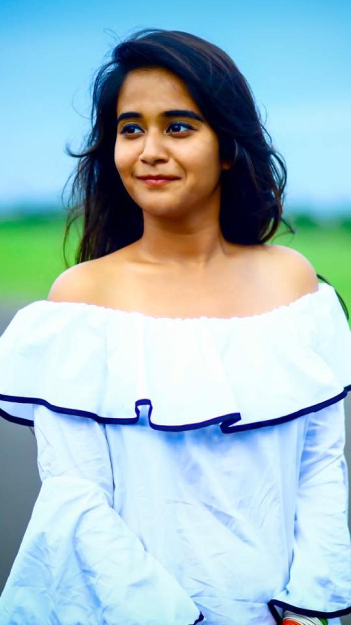 Deepthi Sunaina Wiki | Bigg Boss Telugu Contestants
