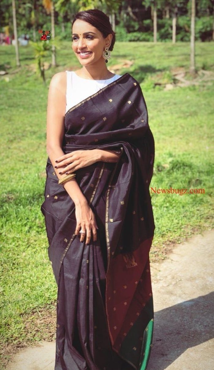 Akshara Gowda Images