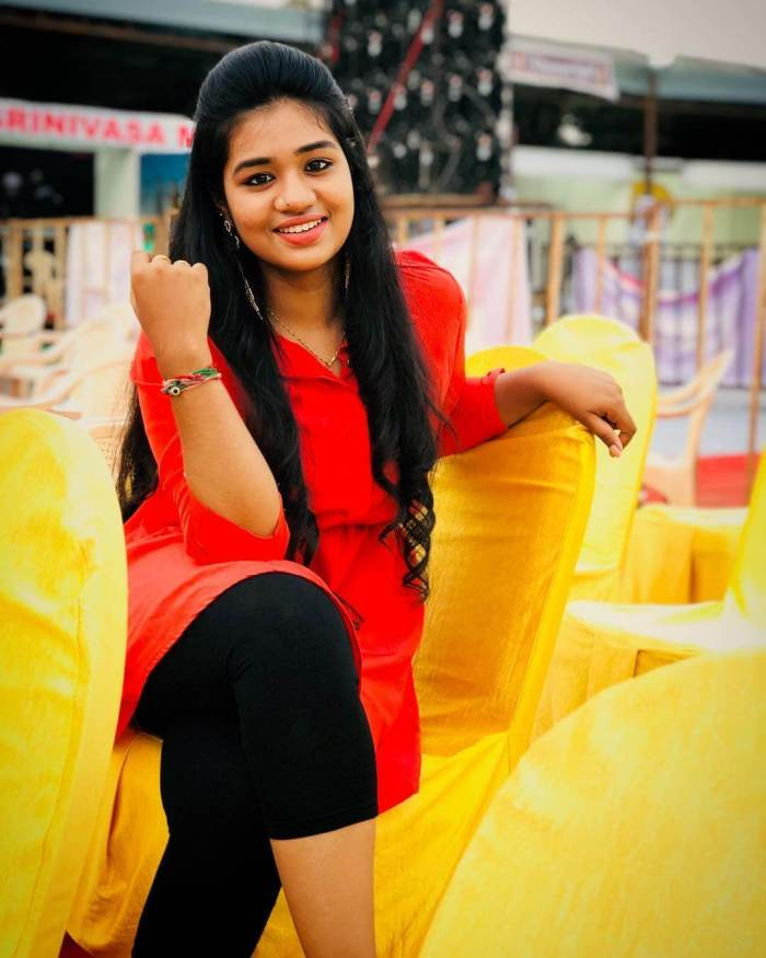 Singer Srinisha Jayaseelan Wiki