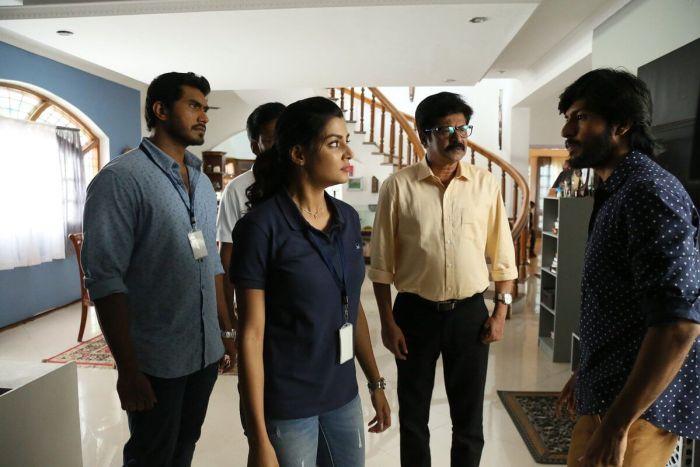 Vanjagar Ulagam Tamil Movie 2018