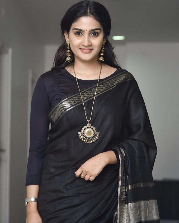 Aditi Ravi Images