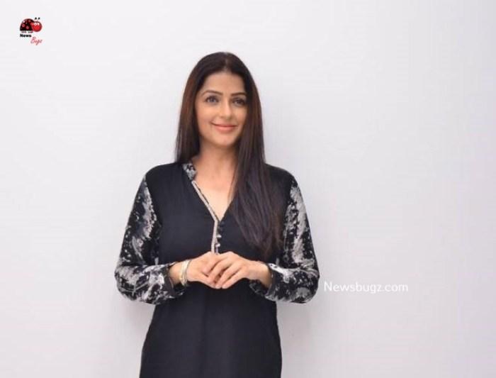 Bhumika Chawla Images