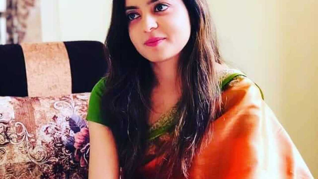 Garima Singh IAS Wiki, Biography, Age, Family, Images - News