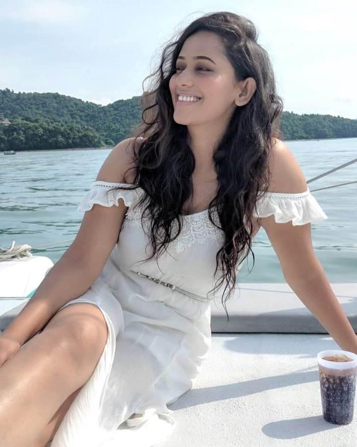 Sanjana Singh Images   Sanjana Singh Hot