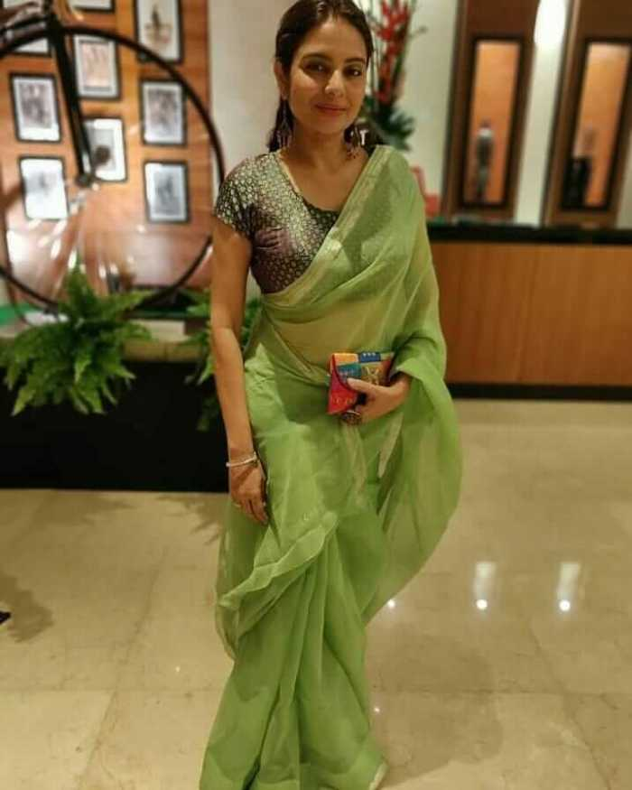 Sonal Jha Images