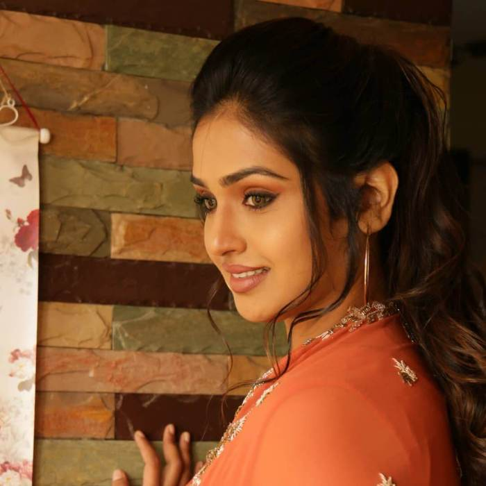 Vidhya Mohan Images