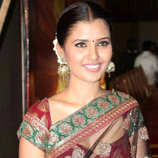 Nanditha Jennifer Images