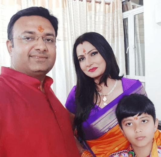 Chitra Tripathi Family