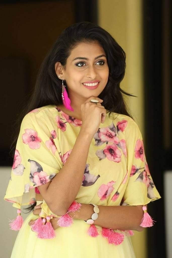 Nitya Naresh Images