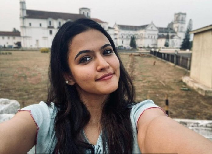 Aparna Das (Thalapathy 65) Wiki, Biography, Age, Movies, Images