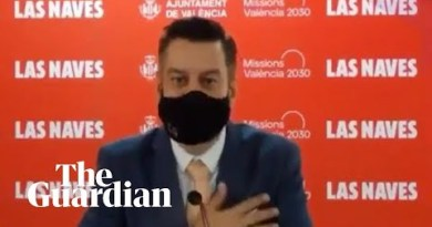 Masked Spanish councillor's English accent proves to be a dub misstep