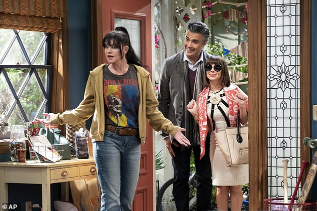 New:Last week Pauley announced her return to the small screen with the upcoming CBS comedy Broke. Her character finds herself living with her brother-in-law after he is cut off by his rich parents. Her costars are Jaime Camil and Natasha Leggero