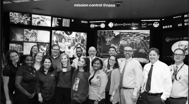 Ariana Grande, NASA