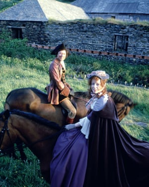 Robin Ellis as Ross and Angharad Rees as Demelza in the 1970s series of Poldark.