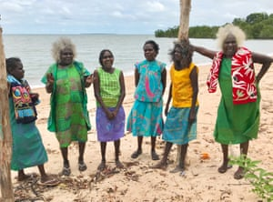 Bábbarra women from Maningrida