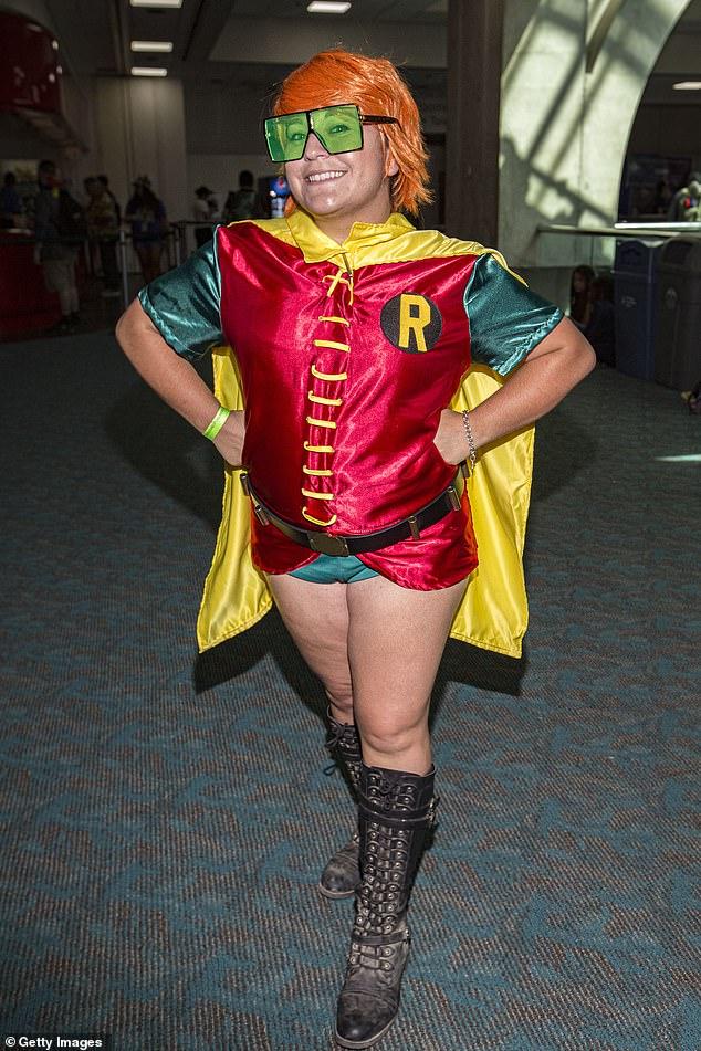 Cosplayer Arielle Barels dresses as Robin from 'Batman: The Dark Night Returns'