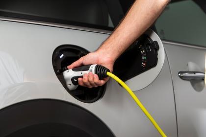MINI Electric - charging