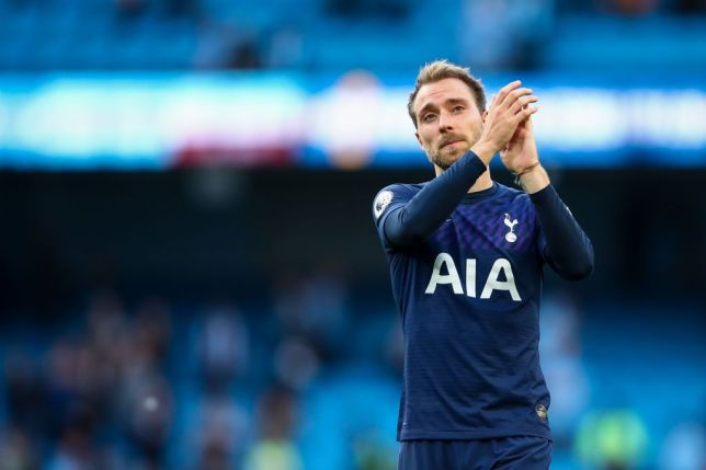 Christian Eriksen applauds the Spurs supporters after the 2-2 draw against Man City