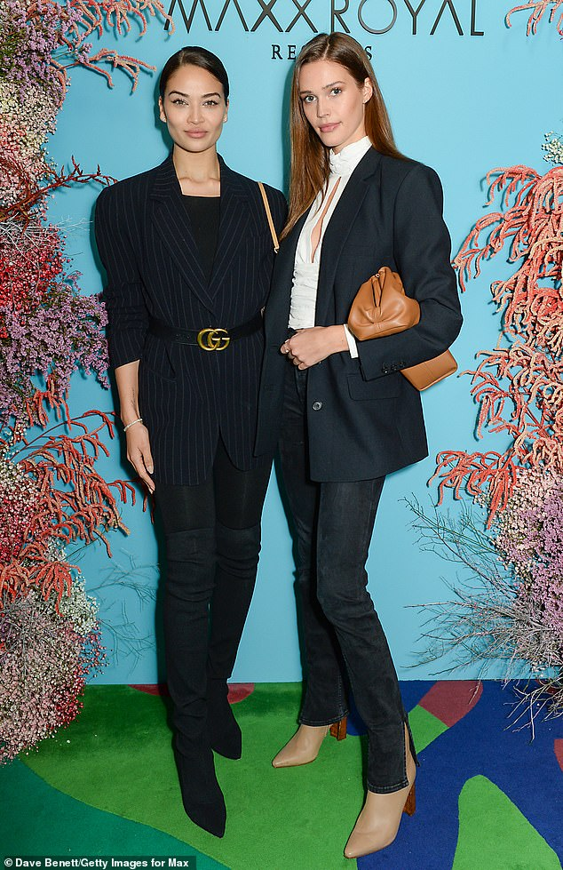 Glam girls: The Australian model spent time with fellow glamazon Noel Berry (R) at the event