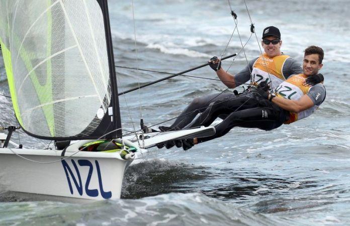 © Reuters. FILE PHOTO: Sailing - Men's Skiff - 49er - Race 10/11/12