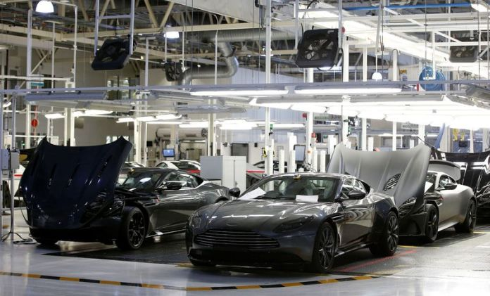 © Reuters. A general view of the Aston Martin production line at their world headquarters in Gaydon